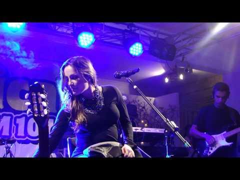 Claudia Leitte - LANTERNA DOS AFOGADOS e BIZARRE LOVE TRIANGLE - Rádio Tropical