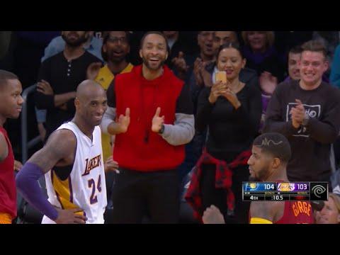 關鍵時刻 Kobe Bryant 命中高難度三分球,忍不住對著防守自己的 Paul Geroge 笑了