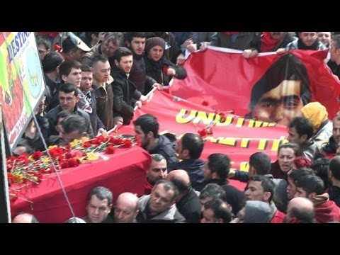 Turkey protesters mourn teen death