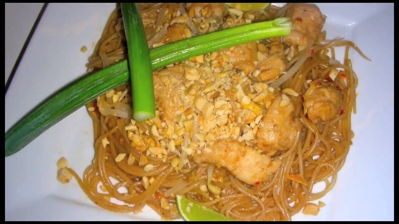 how to make chicken pad thai youtube