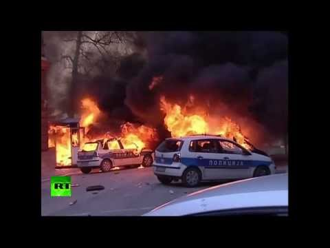 Video: Protesters clash with police, set govt buildings ablaze in Bosnia