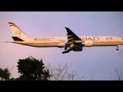 Spotting at Suvarnabhumi airport:A6-ETA Etihad Airways B777-300ER