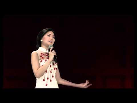 2013周杰倫魔天倫台北小巨蛋演唱會 與鄧麗君合唱「你怎麼說」「紅塵客棧」「千里之外」