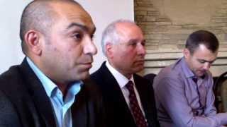 Marin Alla vorbește tinerilor despre integrarea romilor