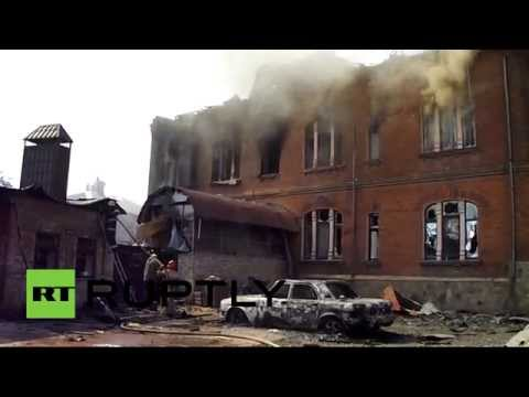 RAW: Slavyansk burns as Kiev troops resume shelling
