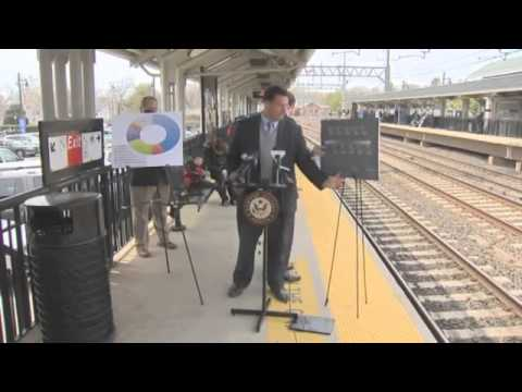 American senator almost hit by train during speech about railway safety