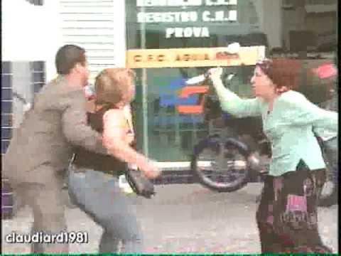 Homem leva facada em briga de casal title=