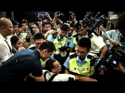 Hong Kong Police Arrest Democracy Protesters At Sit-In