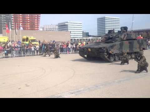 Veiligheidsdag Almere 2014 Demonstratie Defensie