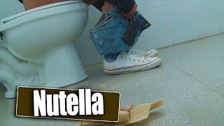 Broma de nutella en el baño