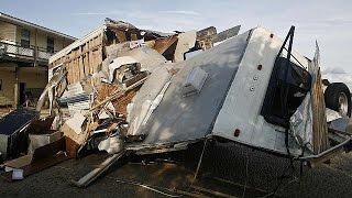 الإعصار هرمين تسبب بدمار كبير في فلوريدا وتراجعت قوته ليصبح عاصفة استوائية |