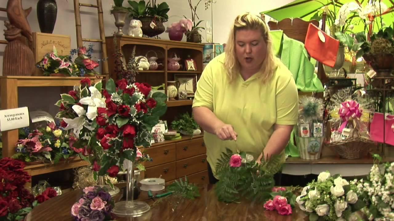 Floral Arrangements How To Make A Teardrop Bouquet Youtube