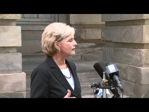 Gov Bev Perdue on NC Unemployment Benefits + Budget | UNC-TV | Legweek