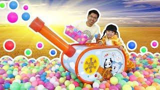 Bé Bún Bắn Đại Bác Bóng và Chơi Nhà Bóng - Fun Indoor Playground for Kids | Creative Kid's