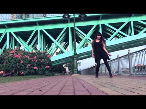 Phương Bella dance with Coca-cola