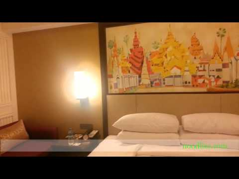 Traders Hotel, Yangon, Myanmar review, noodlies, Sydney food blog