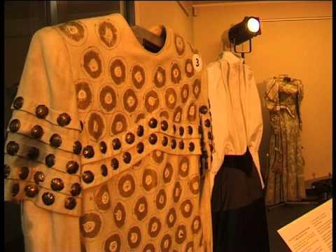 Смотреть видео Выставка из Национального театра