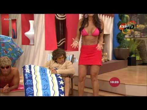 Maritere de venga la alegria en bikini