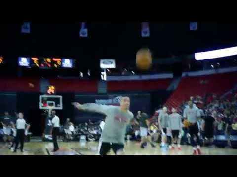 Pregame Dunkfest Before Kings-Rockets Summer League Championship Game