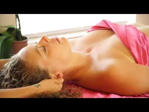 Swedish Face Massage Therapy Techniques For Headaches & Relaxation
