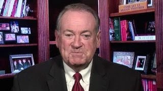 Mike Huckabee: Chelsea Handler 'jealous' of my daughter