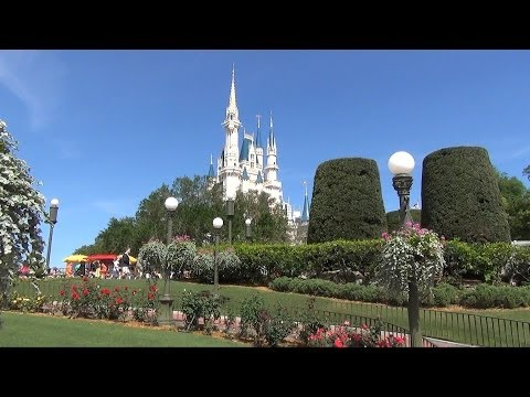 Magic Kingdom Plaza Rose Garden Tour, Walt Disney World (Soon to be Removed)