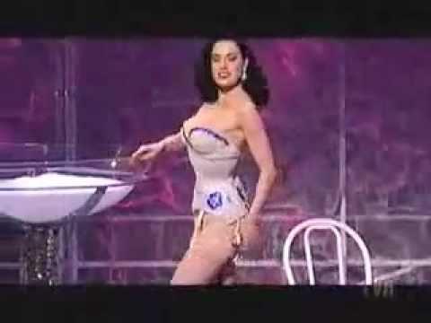 Dita Von Teese burlesque strip tease show