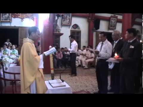 Ban Hành Giáo xứ Đông Xuyên đặt tay nhận chức 2012-2016