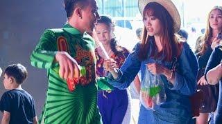 Hari Won đến trường quay thăm Trấn Thành(tin tuc sao viet)