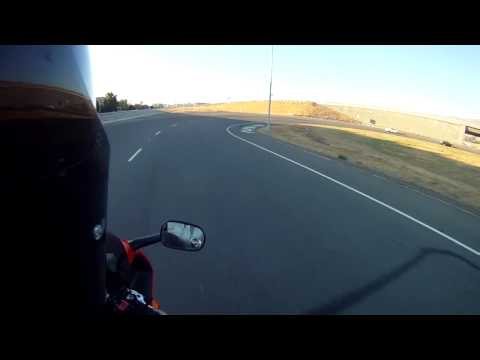 Sound of a 5th gen VFR 800 V-4 with gear driven cams and TBR pipes