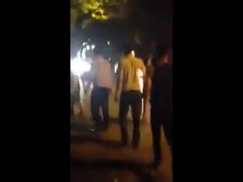 Thanh niên hổ báo đánh bác xe ôm già bị người dân bất bình dậy cho 1 bài học nhớ đời