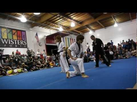 The King Of ConneXionZ (Korean Taekwondo) | Loopkicks 2011 | Funk'd Up TV
