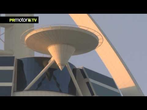 Red Bull F1 team David Coulthard hace Donuts en helipuerto Burj Al Arab Dubai - Long Behind Scene