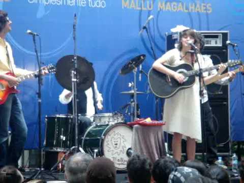 Mallu Magalhães- J1