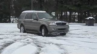 Lincoln Aviator Snow Drifting