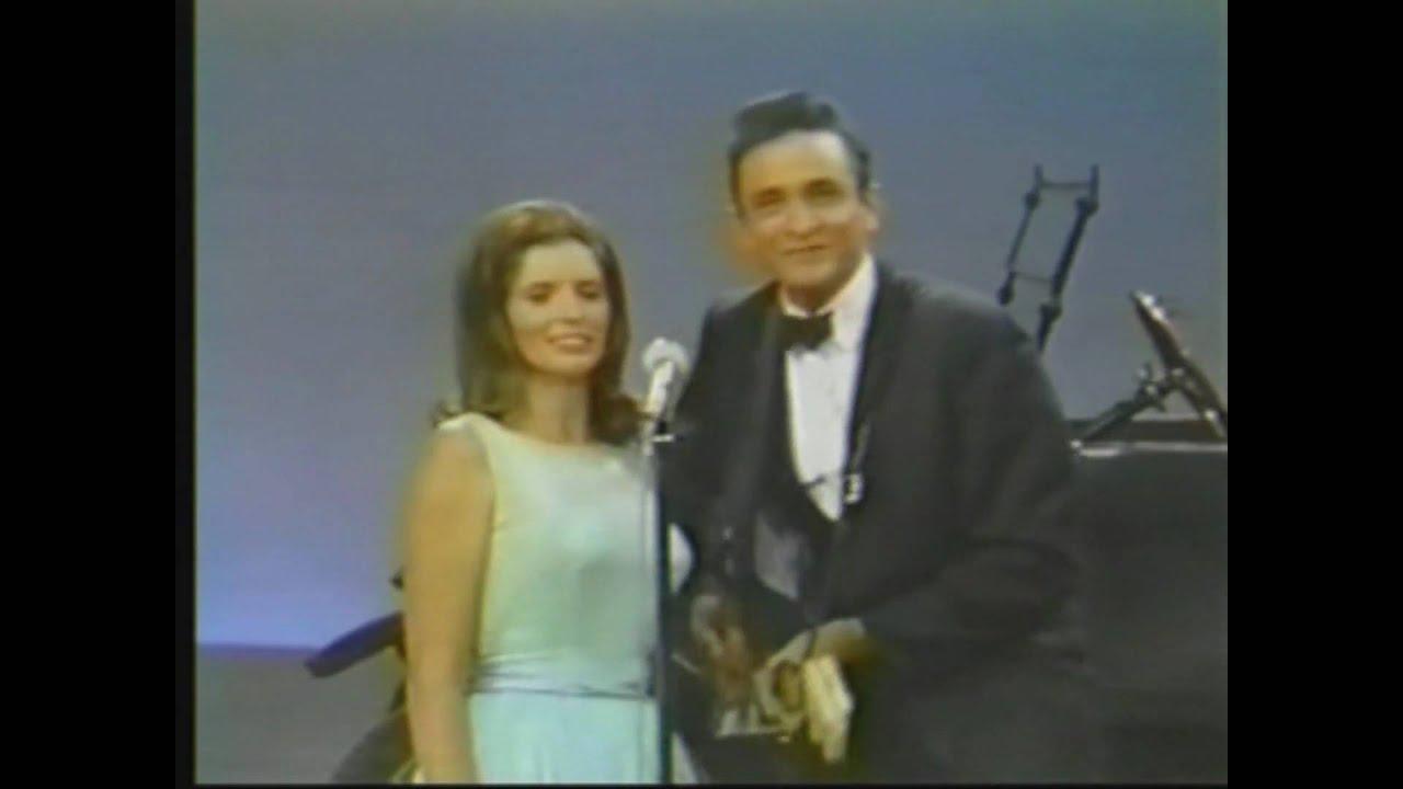 Johnny Cash & June Carter - Jackson - YouTube