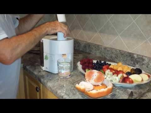 Tasty   natural,   organic   mixed   fruit  juice,