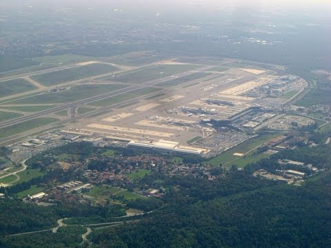 Milan International Airport, Malpensa, Take-off, easyJet, Busto Arsizio, Italy, Europe