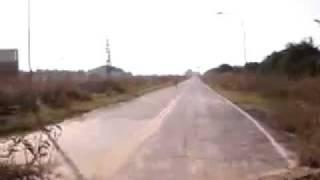 Idiota se cae de la bici