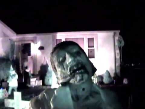 The Nephilim Haunted Yard Display Walkthrough - Burbank, IL
