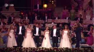 Lippen Schweigen Sung By Mirusia, Suzan, Carla, Carmen And