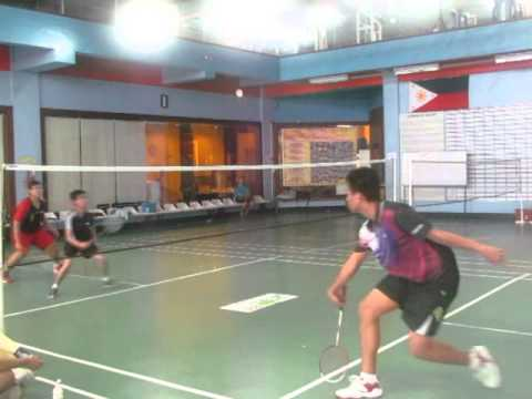 CS Sports Fest 2014 (Badminton) Ubuntu vs Debian 2nd set