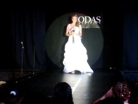 Mantillas y Cintillos, Casa Iza Novias, los mejores vestidos en Monterrey