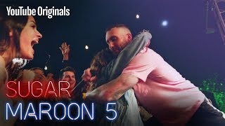 Maroon 5 surprise a teen for the party of the year.