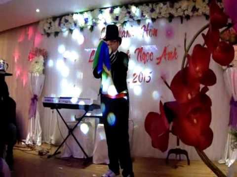 Ảo thuật gia nhí diễn show đám cưới chị gái [shopaothuat.vn]