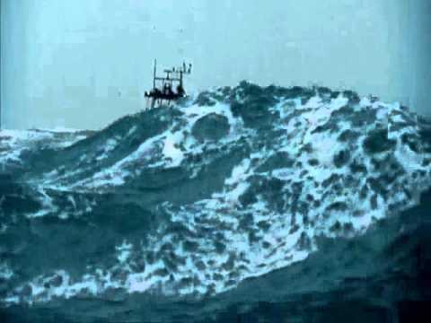 Angry sea - The Perfect storm in reality