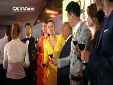 Director John Woo and cast moved to tears in Cannes