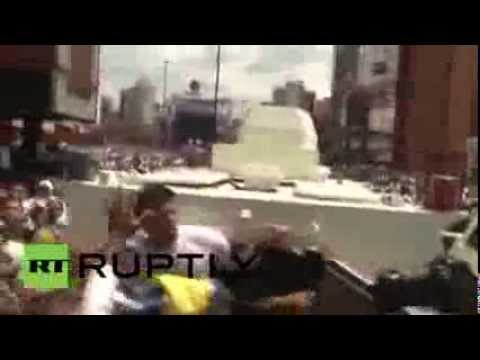Venezuela: Opposition leader Leopoldo Lopez arrested at rally