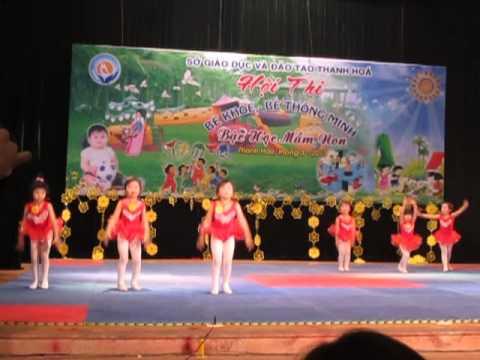 Phần thi Aerobic của đội Yên Định trong Hội thi Bé khoẻ, bé thông minh cấp tỉnh 2013