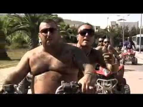 Club Dogo  - Dogocrazia - Ragazzi Fuori